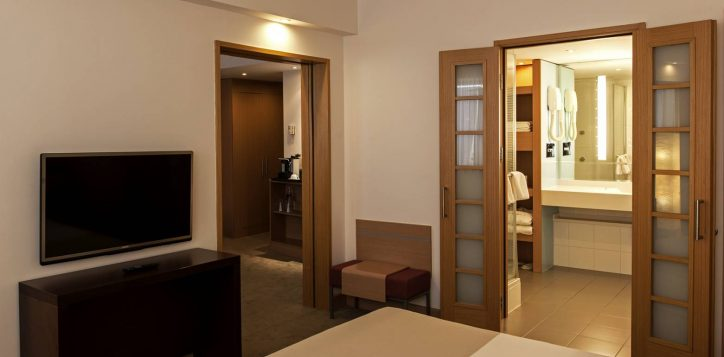 suite-room1-2