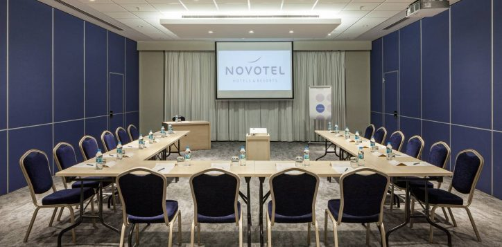 novotel_zeytinburnu_meeting-room-21-2